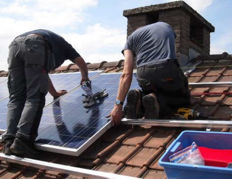 estand_roofing_service_2-min
