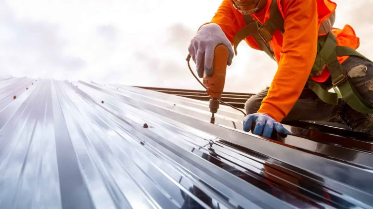 estand_roofing_service_3-min